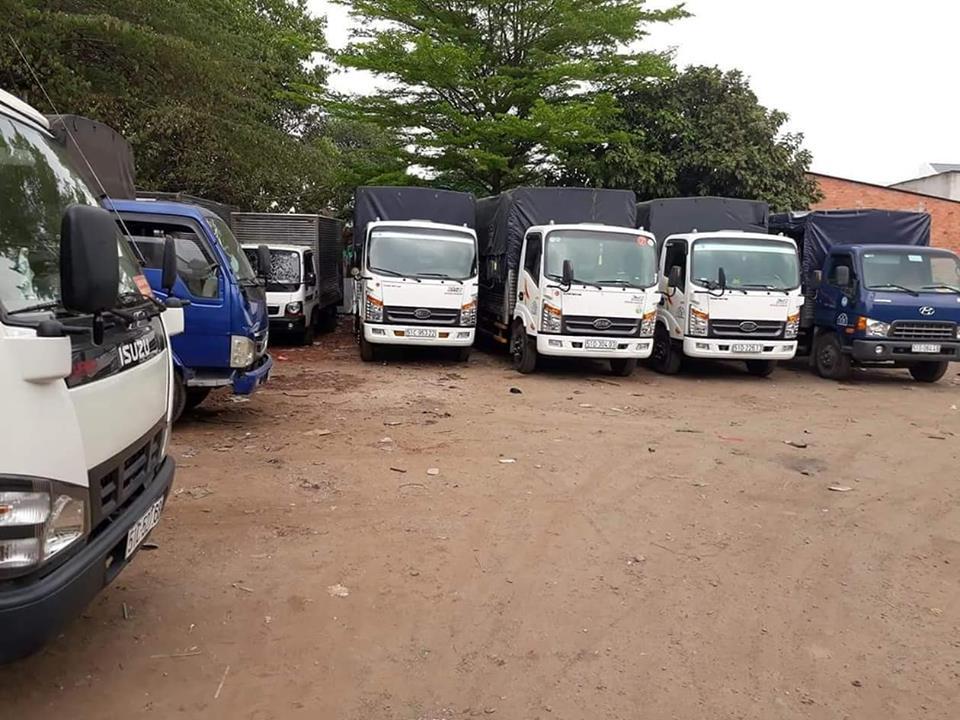 Thuê taxi tải chở hàng đường dài