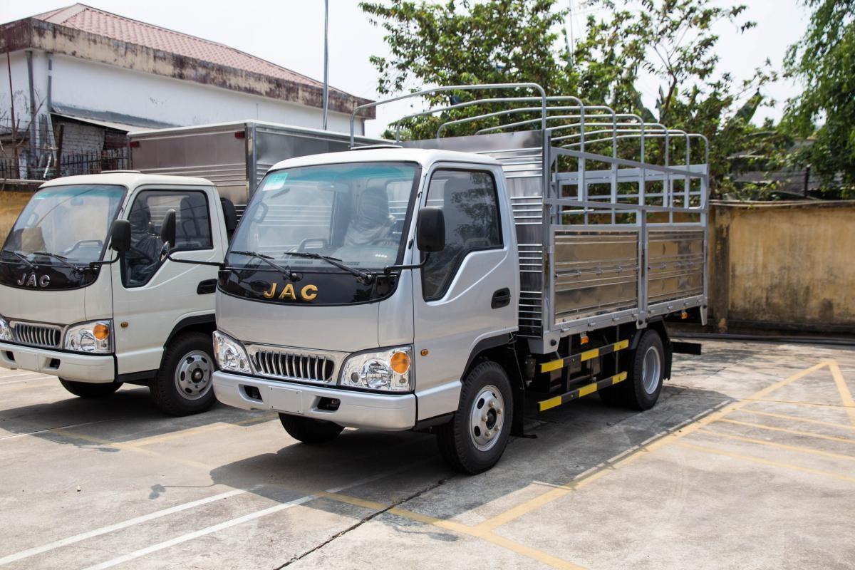 Xe tải 1,5 tấn phù hợp chuyển nhà, chuyển công ty