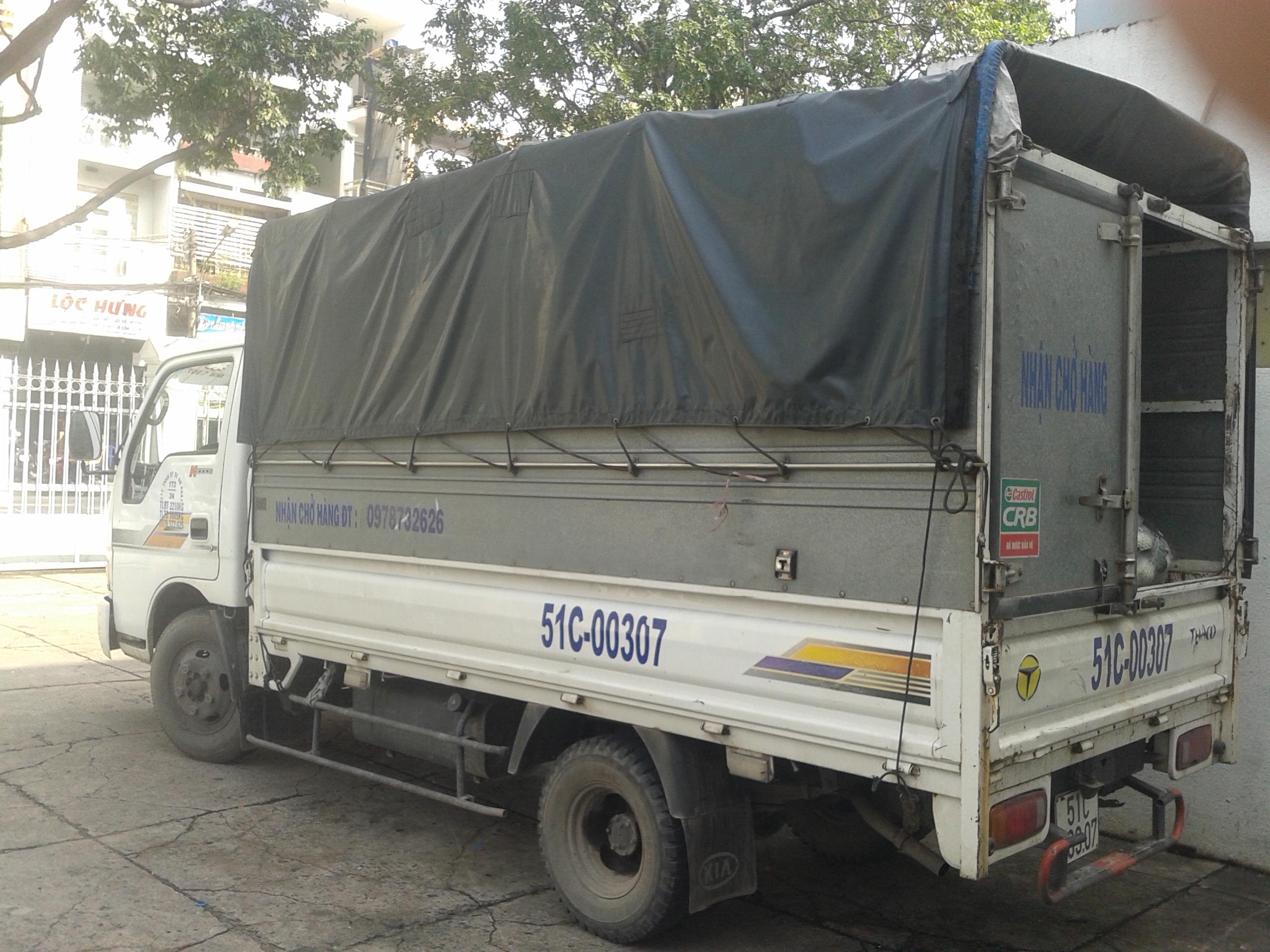 Xe taxi tải chở hàng giá rẻ cần lưu ý về chất lượng dịch vụ