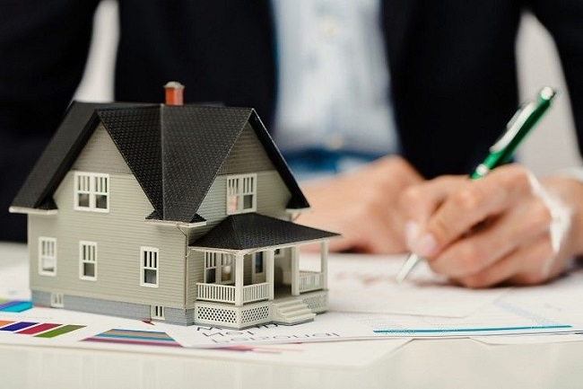 Đọc thật kỹ những điều khoản trên hợp đồng trước khi đặt bút ký