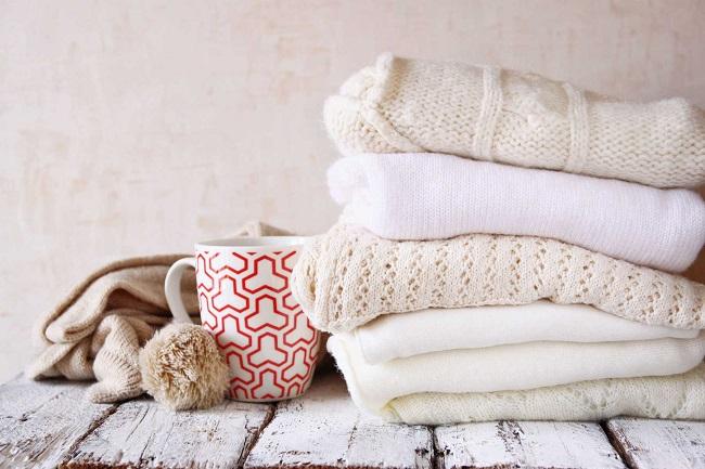 Cách giặt áo len bằng tay giữ phom áo bền đẹp