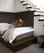 Giường dưới gầm cầu thang