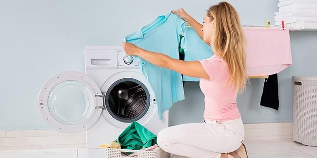 Nguyên nhân khiến quần áo bị thô ráp sau khi giặt và cách xử lý