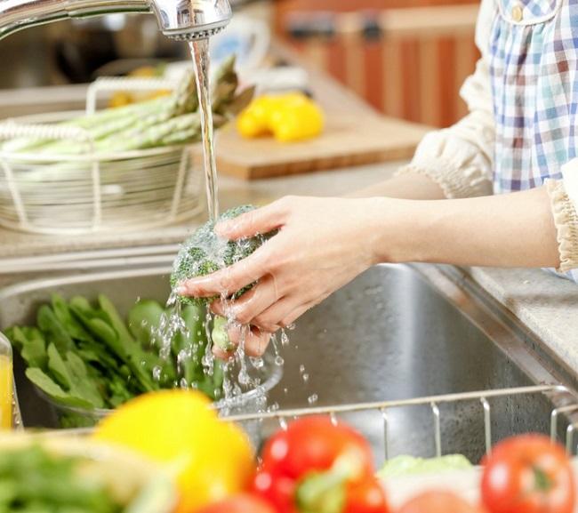 Cách chọn lựa thực phẩm mùa dịch sao cho an toàn và hợp lý