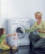 Vệ sinh máy giặt và máy sấy thường xuyên