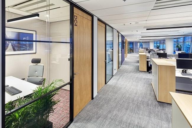 7 tuyệt chiêu mở rộng không gian văn phòng nhờ cách bài trí