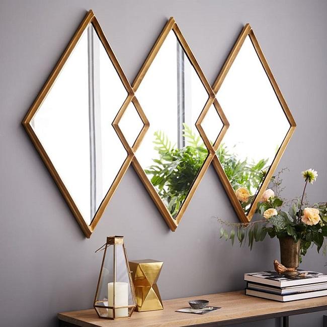 Hãy sử dụng gương trang trí nhỏ phản chiếu ánh sáng tự nhiên