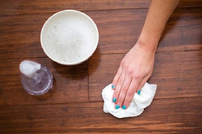 Mẹo tẩy vết ố ruồi trên đồ nội thất